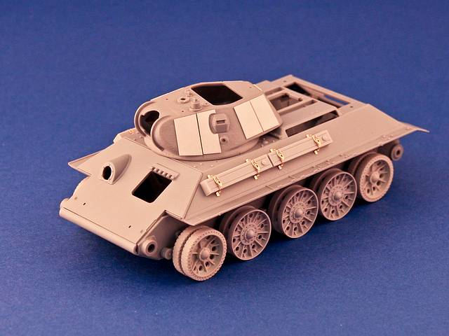 R35-008, T-34 Aditional Fuel Tanks Model 40 (Housing Type), 1/35