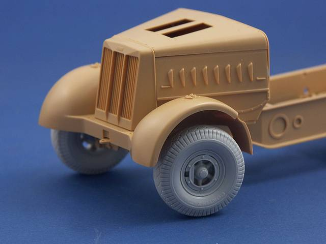 R35-021 Road wheels for Sdkfz.9 FAMO, 1/35