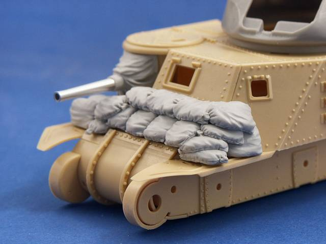 R35-026 Sand Armour for M3 Lee/Grant, 1/35