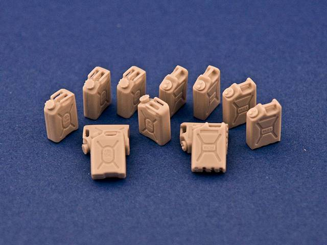 R35-065, Modern plastic 20l Jerry Cans (12), 1/35