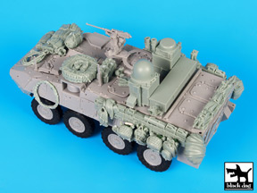 Black Dog (T35148) Stryker WINT-T C with eq. accessories, 1/35