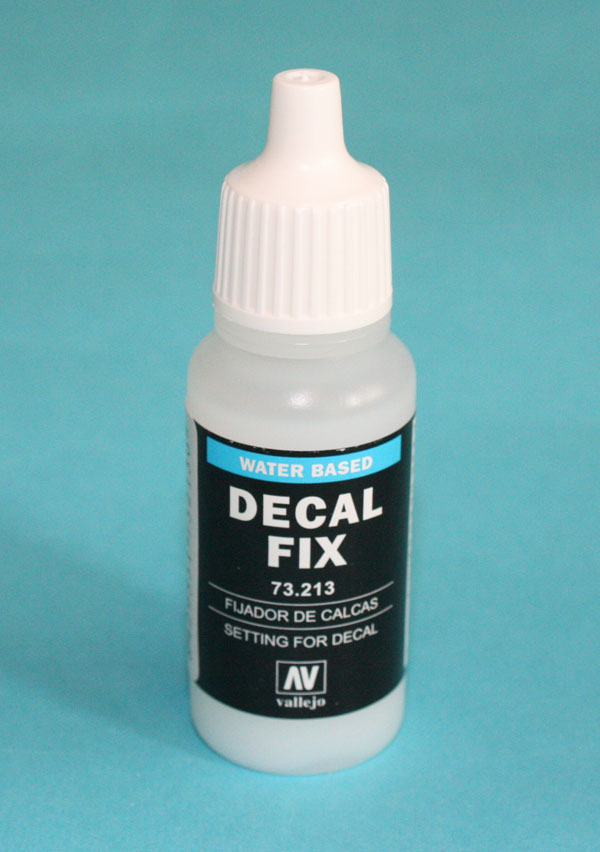 Vallejo (AV73213) Decal Fix, 17ml